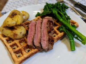 Beef with Yorkshire pudding waffles