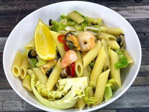 Garlic and Chilli Mixed Seafood Penne Pasta