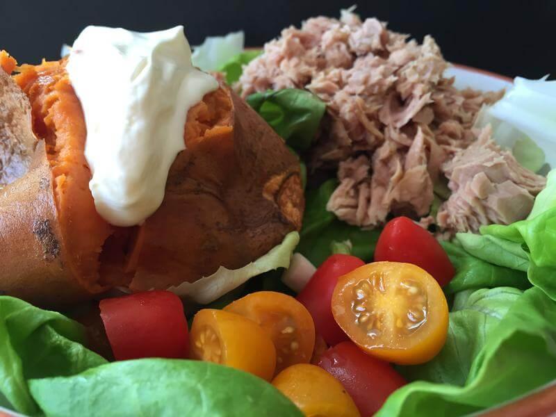 Baked sweet potato with tuna & salad