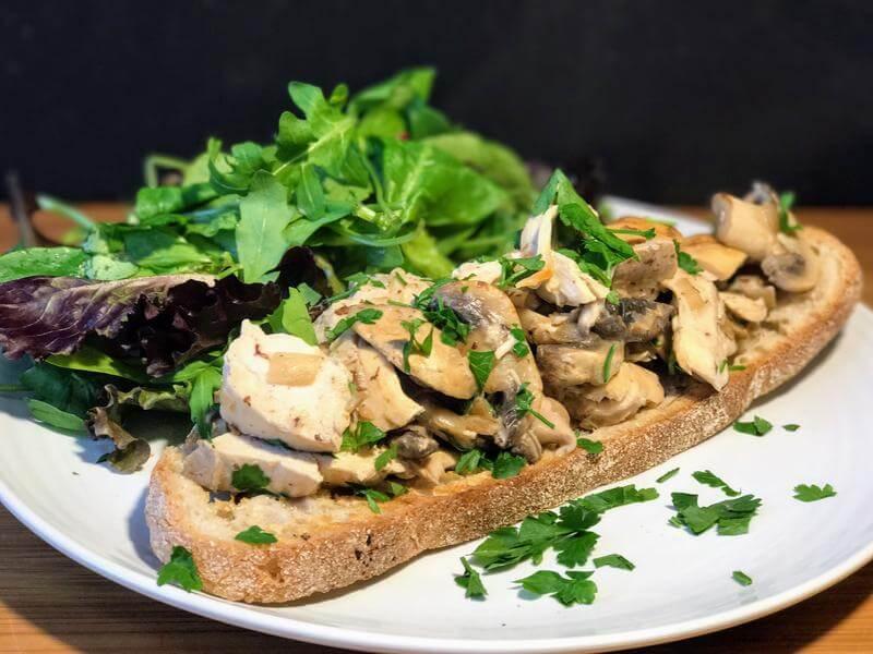 Chicken & mushroom bruschetta