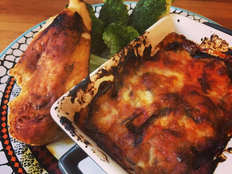Griddled chicken with mozzarella melenzane