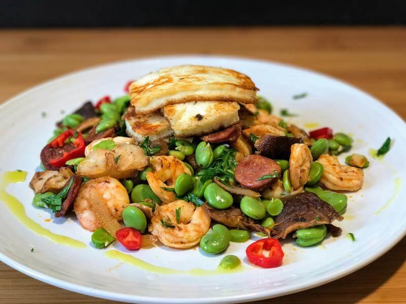 King prawn & broad bean salad with halloumi
