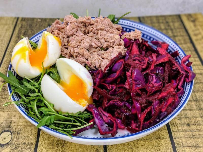 Nourishing tuna & egg salad bowl