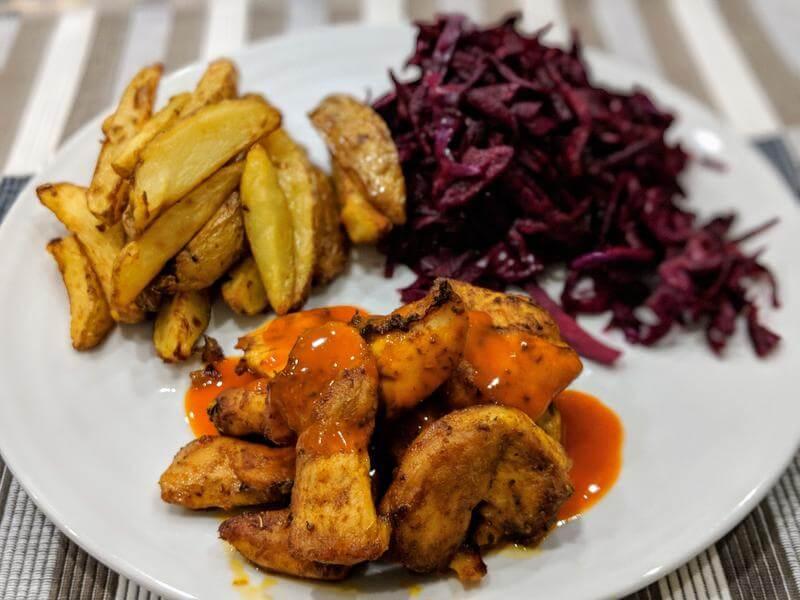 Piri piri chicken bites with chips and slaw