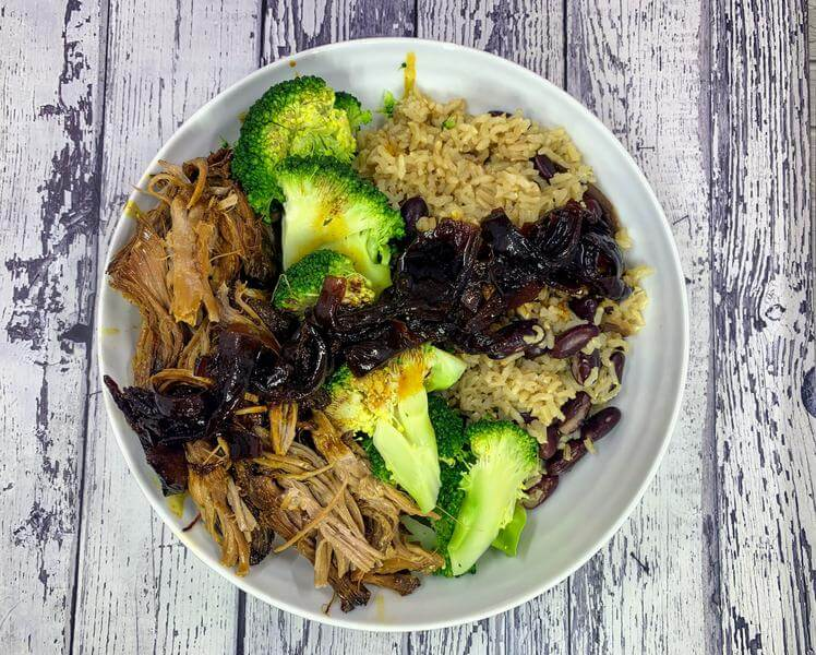 Slow cooker pulled pork with savoury rice