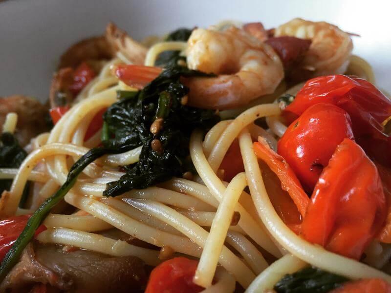 Spicy prawn spaghetti with a fresh tomato & mushroom sauce